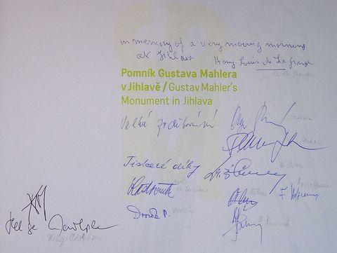 podpisy těch, kteří pro mne hodně znamenají