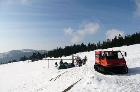 zimní táboření na Brádlerových boudách