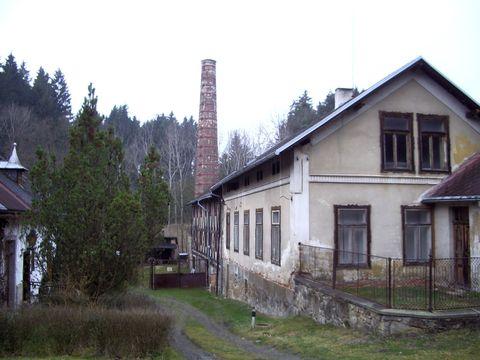 Malý Mlýnek, kde bývali často hosty Hašek, Kuděj a Panuška