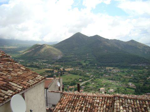 pohled z Morana Calabra na okolní kopce