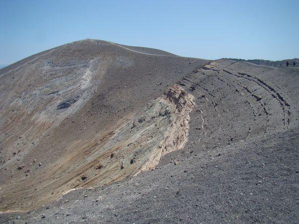 okraj kráteru