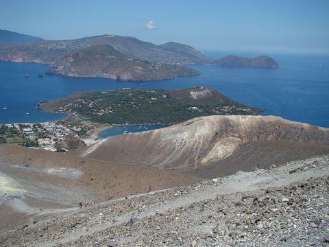 nezapomenutelný pohled na Liparské ostrovy