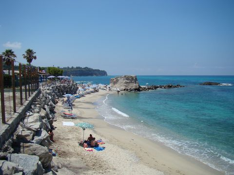 pláz v Tropea 1
