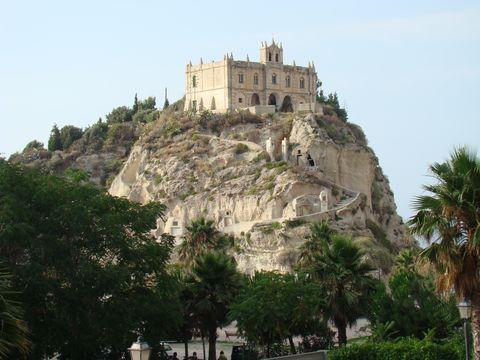 chrám Panny Marie v Tropea