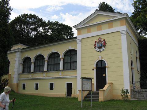 lázeňská budova v Bílině-Kyselce