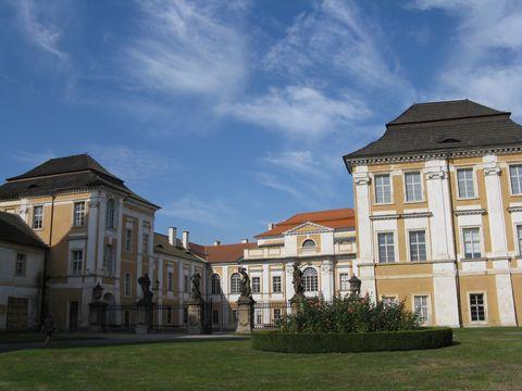nádvoří zámku Duchcov