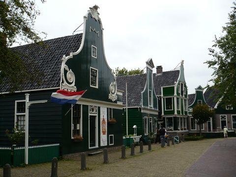 typické domy z provincie Severní Holandsko ve skanzenu