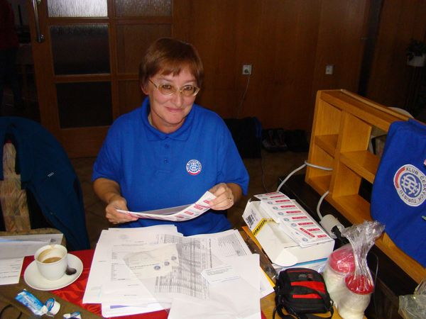sekretářka oblasti a správkyně databáze Míla Bradová