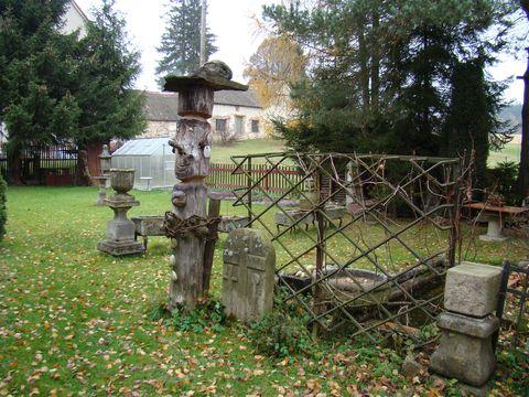 na soukromé zahradě ve Volevčicích