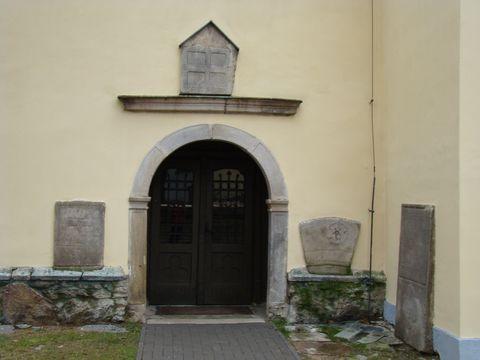 vchod do kostela sv. Václava