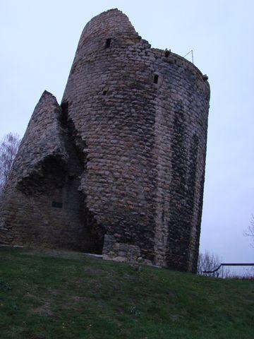 sikmá věz hradu Michalovice