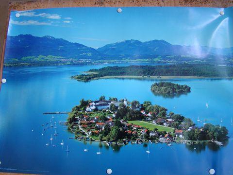 celkový pohled na ostrovy v jezeře