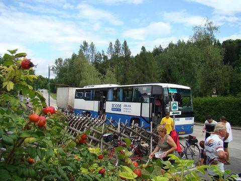 nás servisní autobus