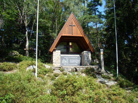 památník vyhnaných a zabitých lidí z pohraničních vesnic na českém území