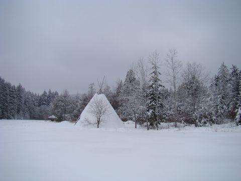 odpočívající tábor u rybníka Horní Mrzatec