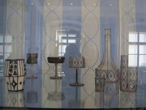 výstava vzorů sklenic na víno, sampanské a likéry
