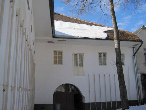 zadní vchod ze dvora