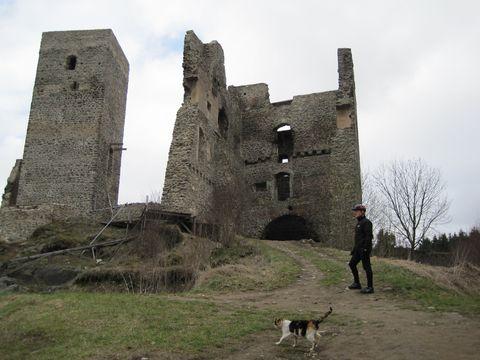 s kočkou na romantickém hradě