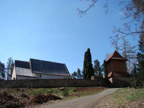 kostel sv. Jiří a zvonice v Řečici