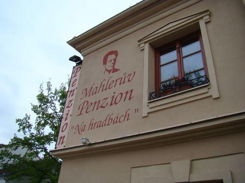 zde měl Bernard Mahler také výčep