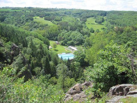 pohled z vrcholových skal Divoké Sárky
