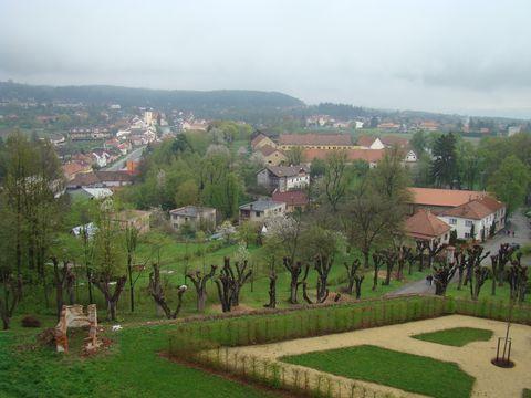 pohled na Kunstát ze zámecké terasy