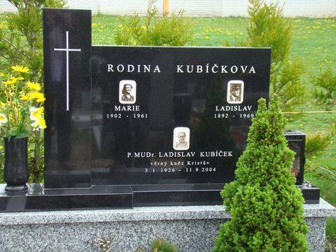 hrob pátera Kubíčka