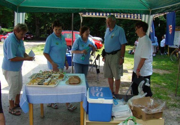 občerstvení pro účastníky