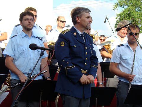 koncert dechové hudby řídil Václav Blahunek