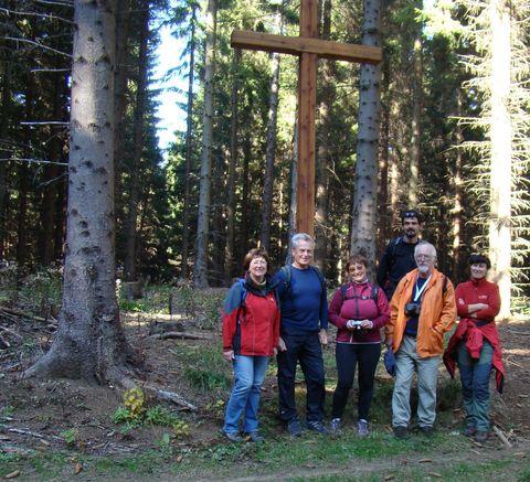 kříž obnovil pan Waněk 5.7.2003