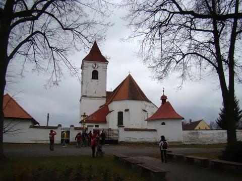 střed Urbanova tvoří kostel a kaple sv. Barbory
