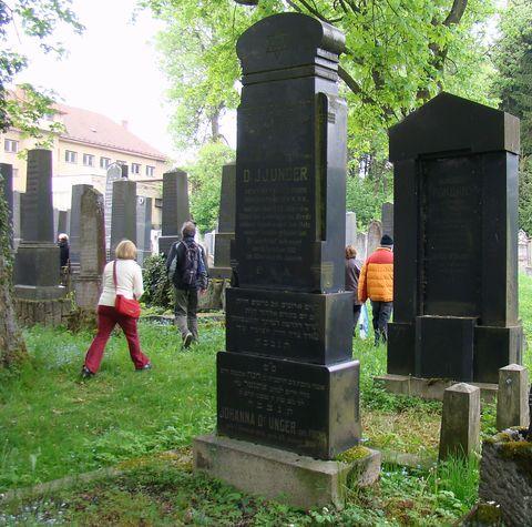 náhrobek rabína Dr. Ungera