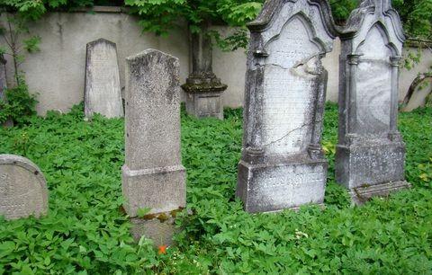hrob Arnošta (Ernsta) Mahlera