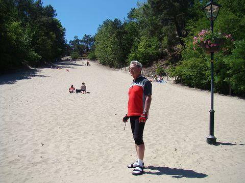 duna v městečku Schoorl