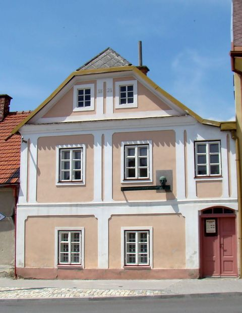 rodný dům Otokara Březiny v Počátkách