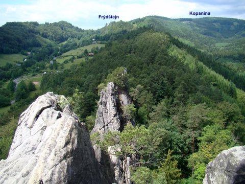 Vranovský hřeben z nevyššího bodu hradu