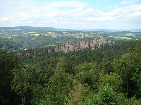pohled na Suché skály z vrchu Sokol