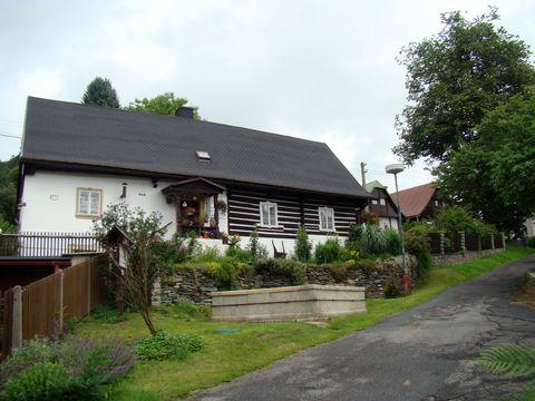 dům s kašnou v Železném Brodě