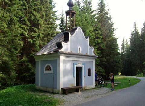 kaple sv. Anny v Borových Ladech