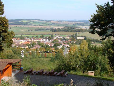výhled z Hrádku na Újezd a Chodsko