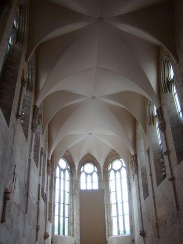nová klenba v kostele Povýšení svatého Kříže