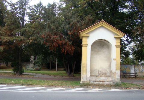 kaple Pakenská u vinořského hřbitova