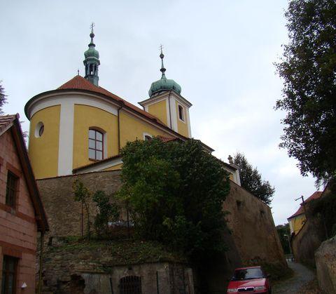 kostel Povýšení sv. Kříže ve Vinoři