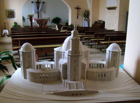 model křtinského chrámu podle Santiniho