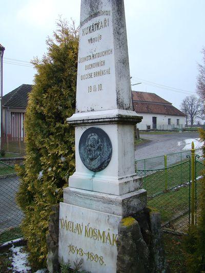 pomník Václava Kosmáka v Martínkově