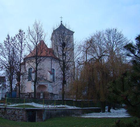 kostel na návsi v Martínkově