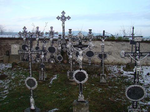 zátiší na hřbitově v Jakubově