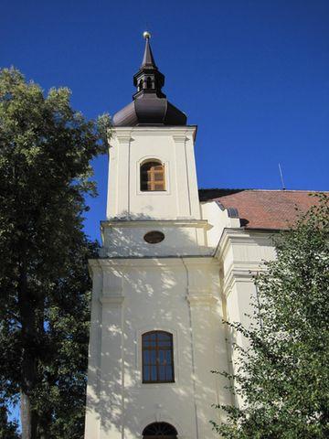 kostel sv. Jana Křtitele v Lukově