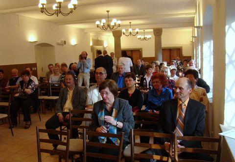 turisté shromáždění na Hrádku