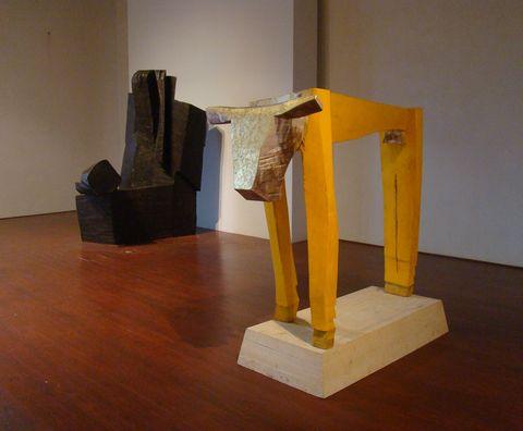 Zlaté tele, 2004, polychromované dřevo
